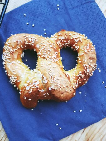 Easy Homemade Soft Pretzels Recipe