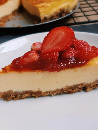 How to Make a Strawberry Cheesecake